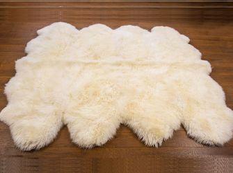 NATURAL WHITE OCTO 190X190CMS SHEEPSKIN RUG