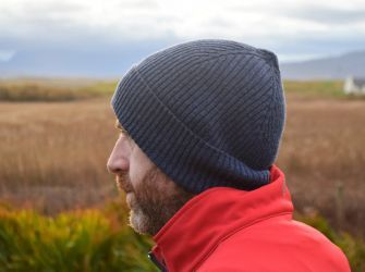 Men's Beanie Hat (choice of colours)
