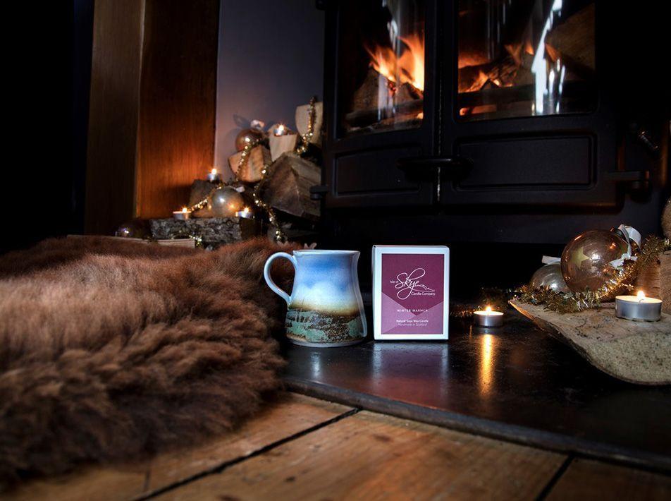 SKYE HYGGE GIFT BUNDLE - BROWN SHEEPSKIN AND WINTER WARMER CANDLE