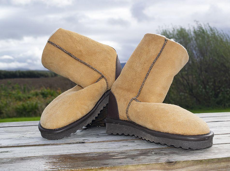 Celt Boot in Burnt Honey in size 8