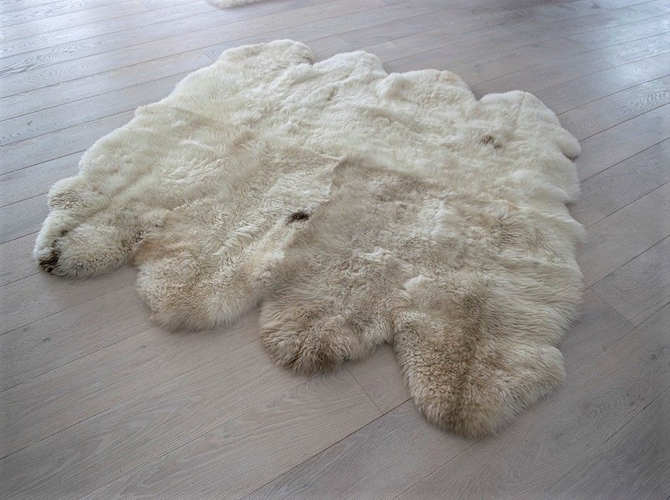Cappuccino sheepskin rug octo