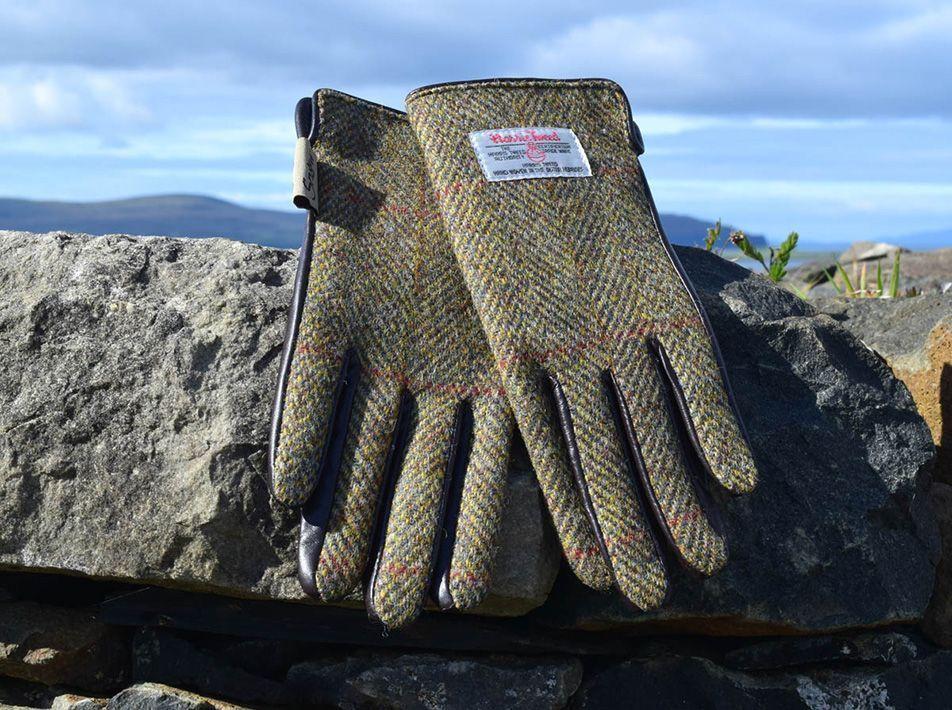 Ladies' Harris Tweed Gloves Chestnut
