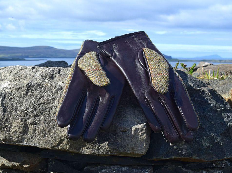 Ladies' Harris Tweed Gloves Chestnut reverse