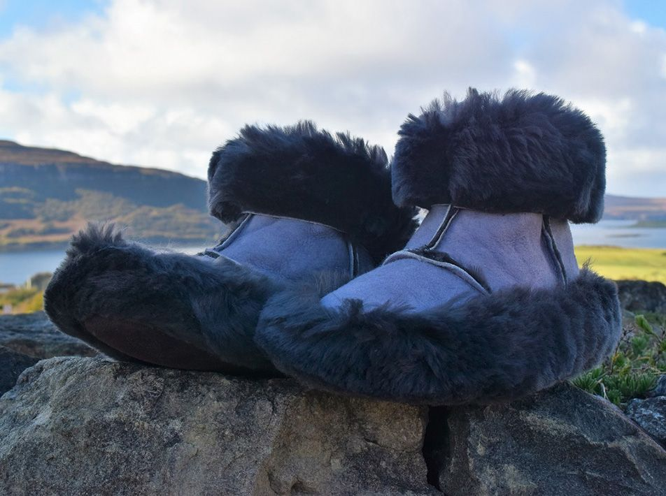 Snuggly Sheepskin Boot Slippers (UK 4-13) (Choice of Colours)