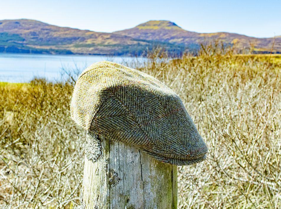 Harris Tweed Flat Cap Olive-Gold