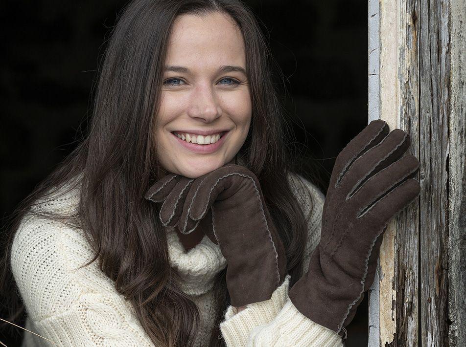 Ladies' sheepskin gloves brown