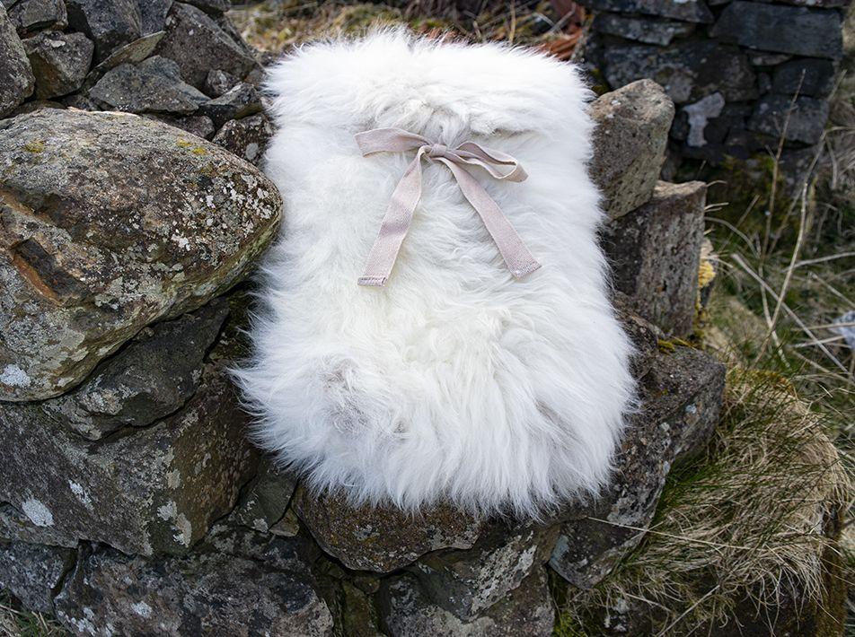 Large Sheepskin Snuggle - White