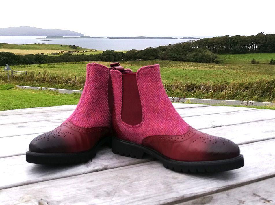 Harris Tweed Chelsea Boots maroon