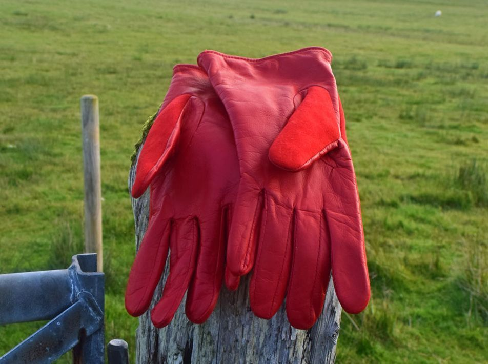 Nappa Leather/ Lambskin Gloves  red