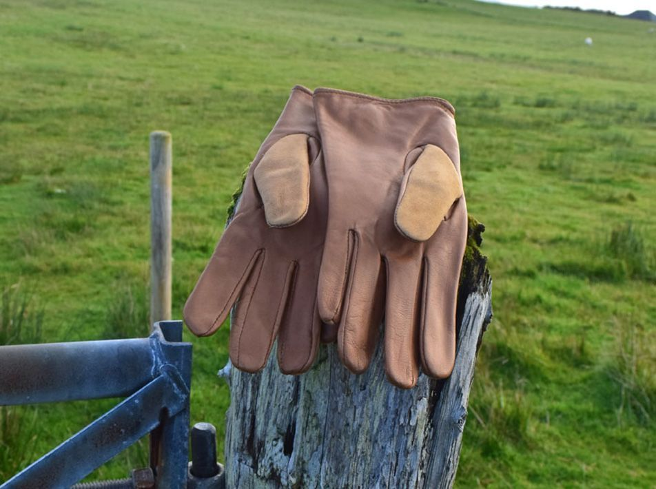 Nappa Leather/ Lambskin Gloves  tan