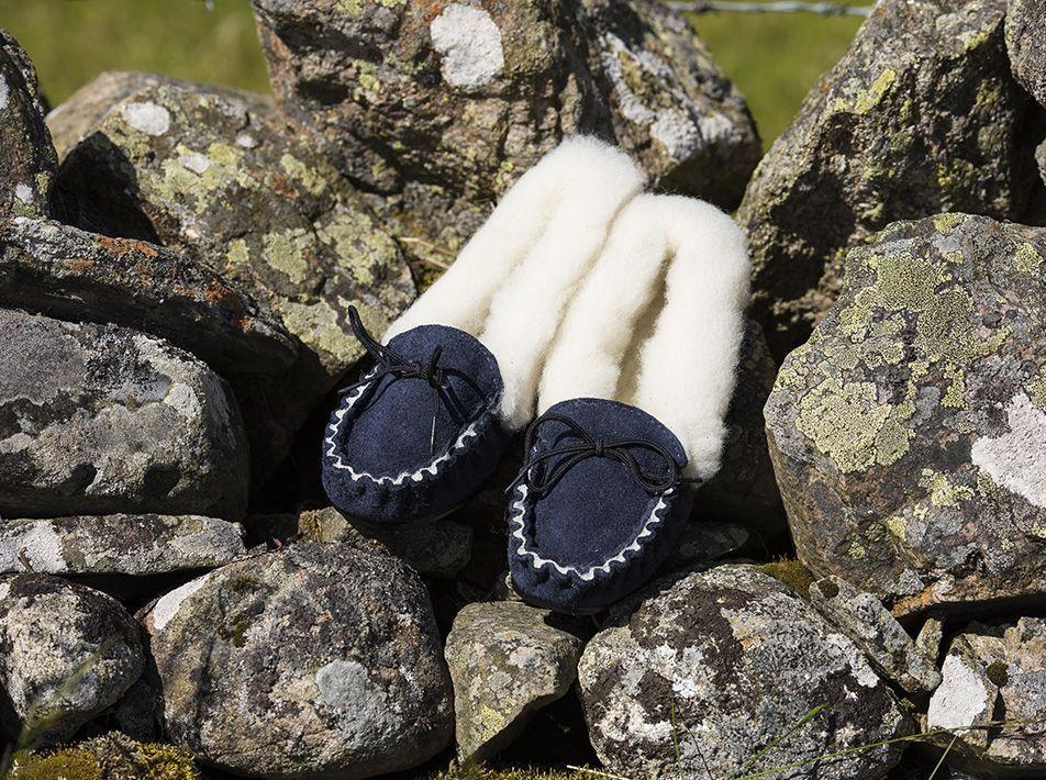 Ladies' Wool Lined Slippers (UK 3-8) Navy