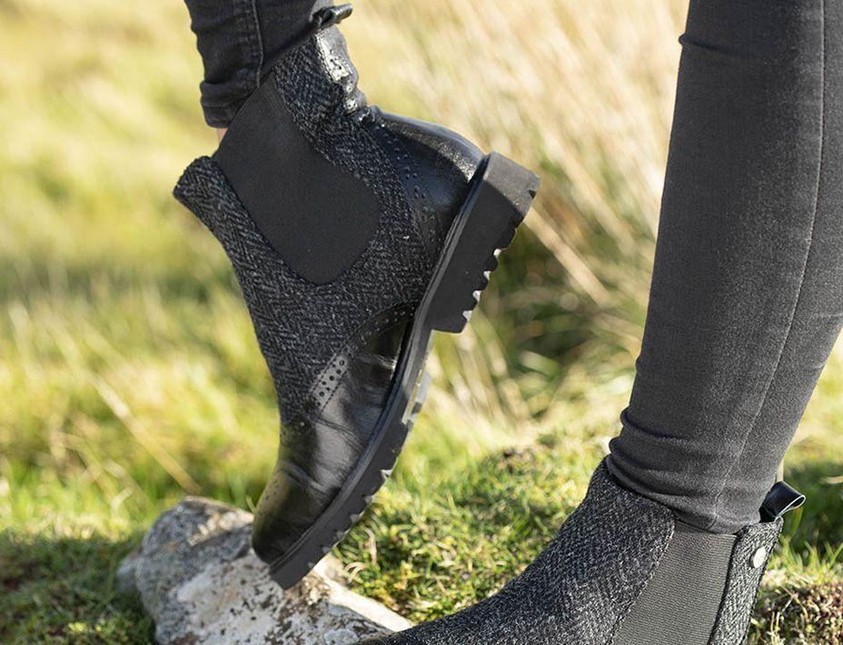 Harris Tweed Chelsea Boots  black